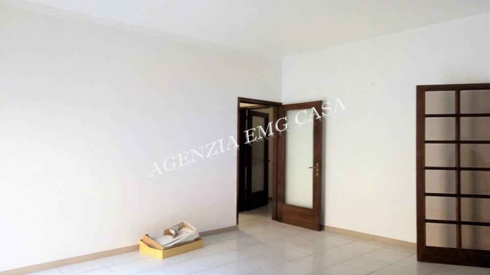 a6c442d6cc673cc4bdb4091755cc837c - Appartamento plurilocale in vendita a Alcamo