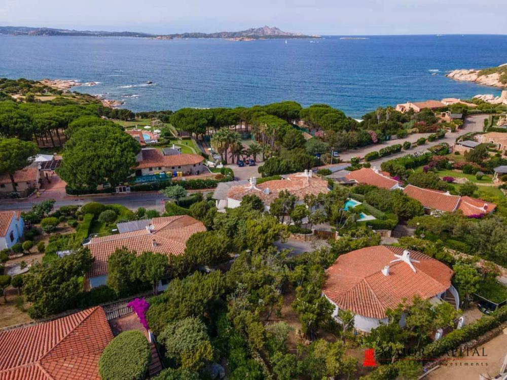 Villa indipendente plurilocale in vendita a Arzachena - Villa indipendente plurilocale in vendita a Arzachena