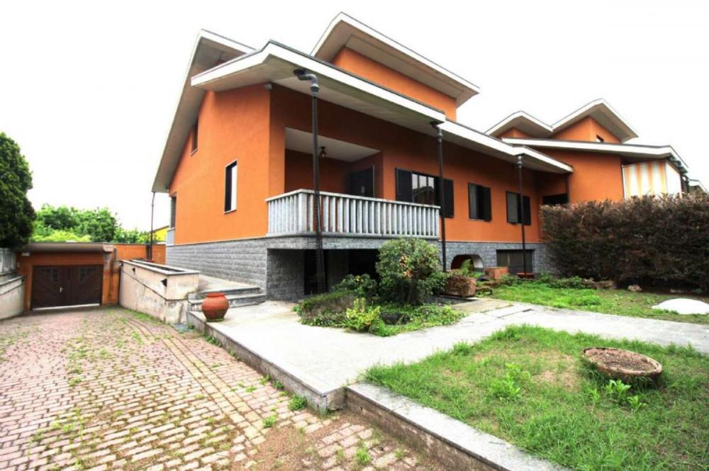 Casa plurilocale in vendita a Ciriè - Casa plurilocale in vendita a Ciriè