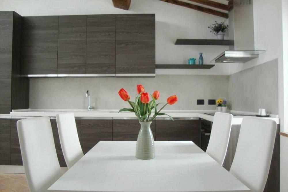 0869377c4c793d550c2fdd920a0ae48d - Appartamento trilocale in vendita a San Gimignano
