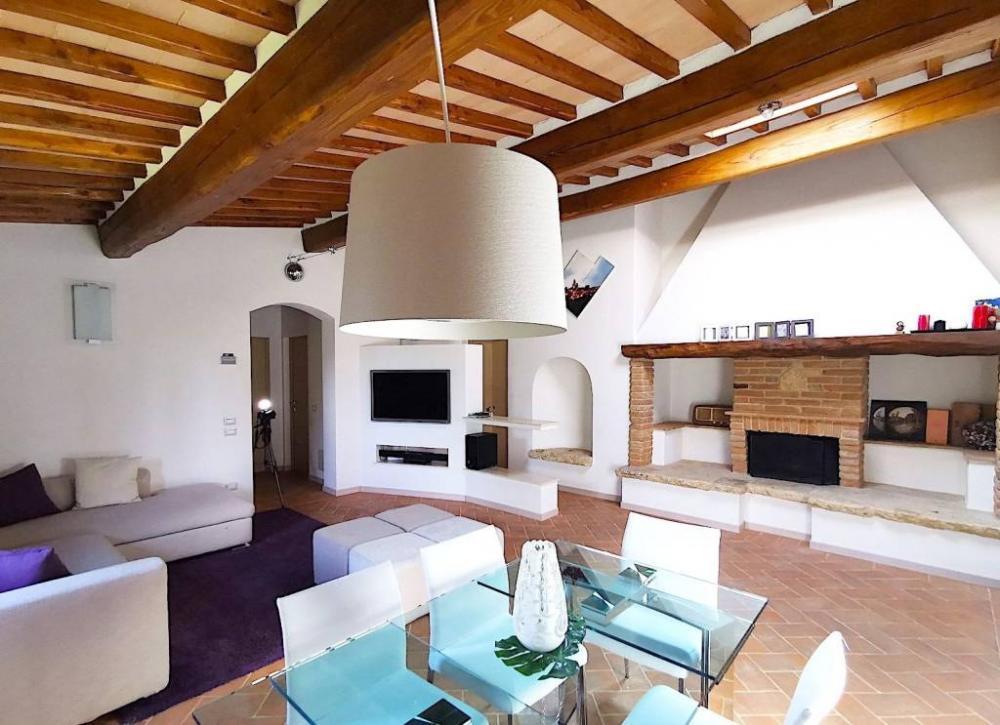 c5acfbf80aa1040a4e1feb179094b154 - Appartamento plurilocale in vendita a San Gimignano