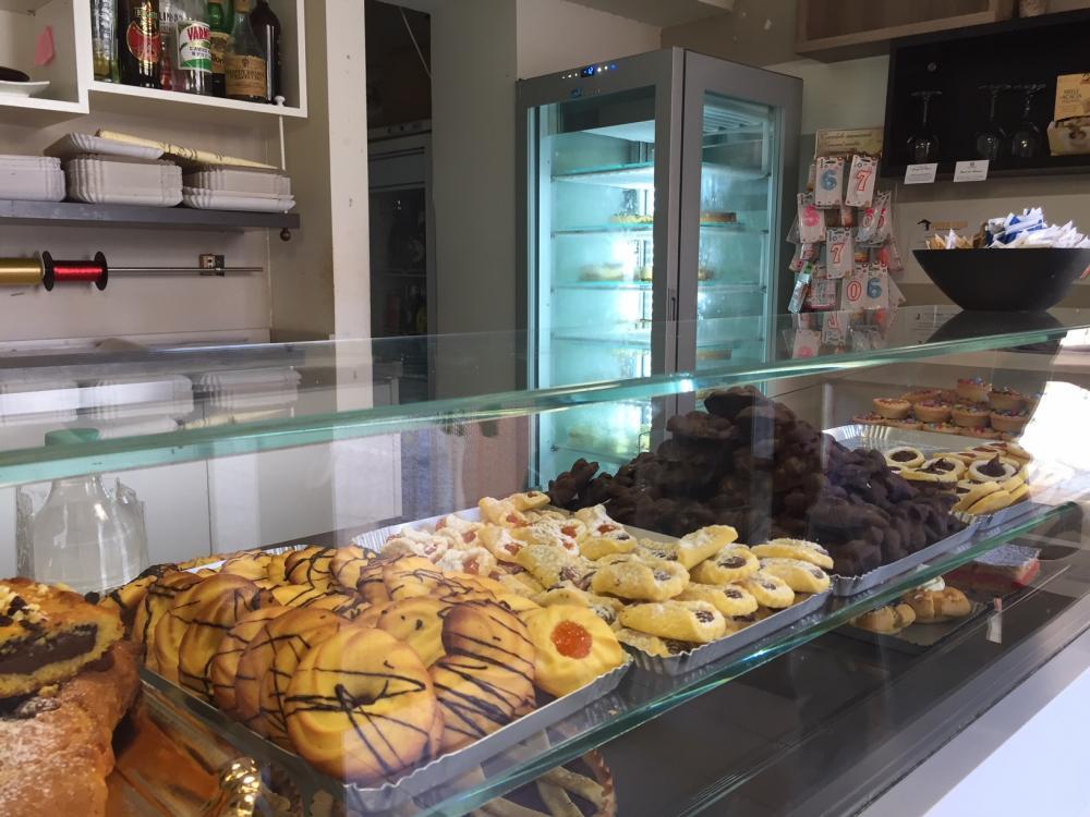 Azienda commerciale in vendita a Montemarciano - Azienda commerciale in vendita a Montemarciano