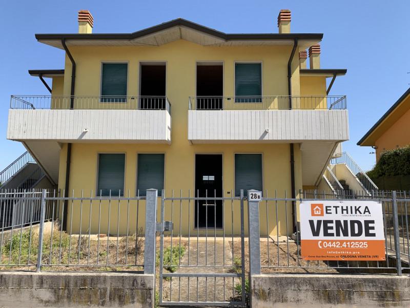 Appartamento trilocale in vendita a roveredo-di-gua - Appartamento trilocale in vendita a roveredo-di-gua