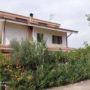 Villa plurilocale in vendita a castrolibero